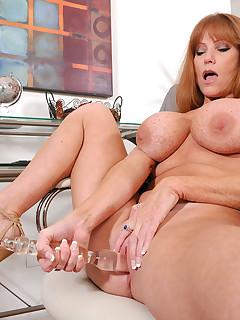 Anilos.com - Freshest mature women on the net featuring Anilos Darla Crane anilos milf