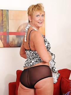 Anilos.com - Freshest mature women on the net featuring Anilos Honey Ray milf porn site