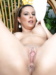 Anilos.com - Freshest mature women on the net featuring Anilos Victoria mature anilos