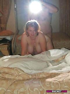 Naked amateur MILFs Naked amateur MILFs