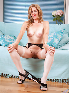Anilos.com - Freshest mature women on the net featuring Anilos Camilla anilos thumb