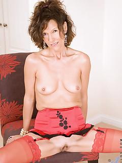 Anilos.com - Freshest mature women on the net featuring Anilos India hot anilos