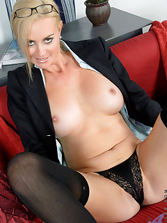 Anilos.com - Freshest mature women on the net featuring Anilos Camryn Cross hot milf