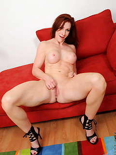 Anilos.com - Freshest mature women on the net featuring Anilos Catherine Desade lady mature