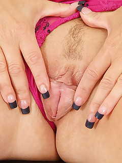 Anilos.com - Freshest mature women on the net featuring Anilos Chennin Blanc office whore