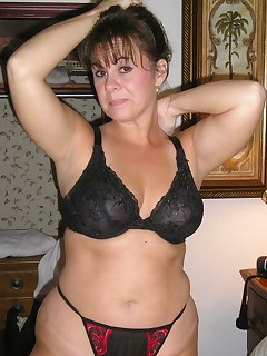milf in stockings Pics