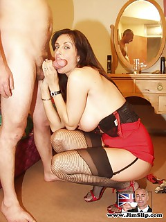 Dirty senior anal fucking a British milf completely wild