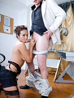 Anilos.com - Freshest mature women on the net featuring Anilos Diana milf whore