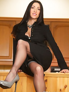 Miss Hybrid Wears Ars Vivendi Stockings