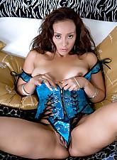 milf striptease