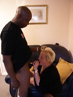 Amateur homemade MILF TAC gallery Couples,United Kingdom,MILF,Interracial,Blow..