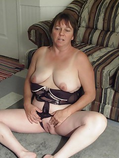 Amateur homemade MILF TAC gallery MILF,Cougar,BBW/Curvy,United States,Solo,Striptease