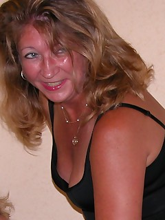 Amateur homemade MILF TAC gallery MILF,Mature,United States,Lesbian Sex,Cougar