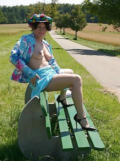 Amateur homemade MILF TAC gallery MILF,Cougar,European,Striptease,Flashing,Exhibitionist,Pis..