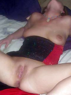 Nice sizzling photo gallery of steamy hot and sexy amateur.. Hot sleazy amateur housewives