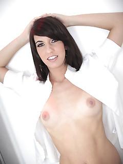 gorgeous milf babe sucks cock swallows big cumshot
