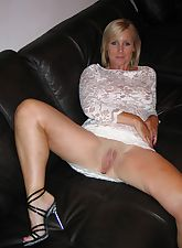 Moms amateur mature spreading nude