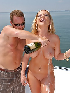 The Love Boat - Milf Hunter Aryann Movies Reality Kings