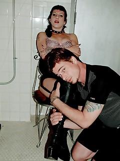Submit to Mistress Scarlett0