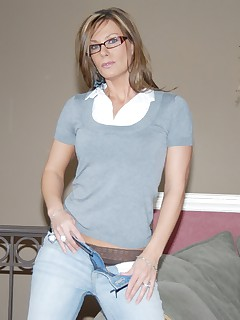 milf with dildo