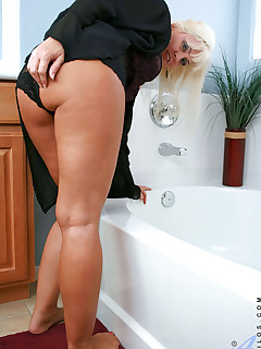 Anilos.com - Freshest mature women on the net featuring Anilos Cala Craves horny anilos