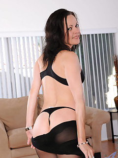 Anilos.com - Freshest mature women on the net featuring Anilos Claudia Adkins anilos exposed