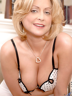Anilos.com - Freshest mature women on the net featuring Anilos Lya Pink boob anilos