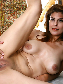 Anilos.com - Freshest mature women on the net featuring Anilos Monique milf exposed
