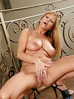 Anilos.com - Freshest mature women on the net featuring Anilos Nicole Moore cum anilos