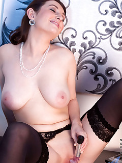 Anilos.com - Freshest mature women on the net featuring Anilos Tibby milf exposed