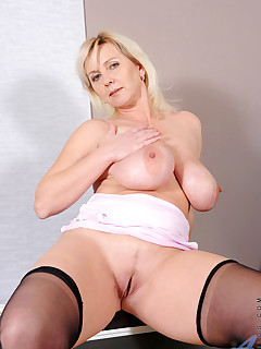 Anilos.com - Freshest mature women on the net featuring Anilos Kimi horny milf