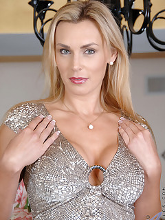 Anilos.com - Freshest mature women on the net featuring Anilos Tanya Tate naked anilos