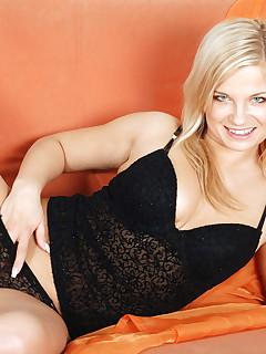 Anilos.com - Freshest mature women on the net featuring Anilos Luceana blonde mature