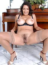 Anilos.com - Freshest mature women on the net featuring Anilos Persia Monir mature post