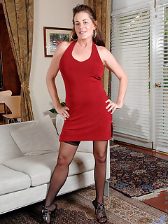 Anilos.com - Freshest mature women on the net featuring Anilos Bella Roxxx anilos pic