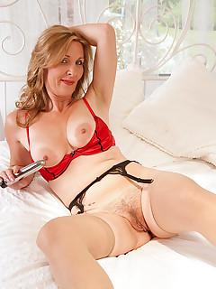 Anilos.com - Freshest mature women on the net featuring Anilos Camilla anilos nude