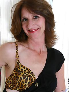 Anilos.com - Freshest mature women on the net featuring Anilos Kimberly mature porn